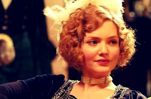 beautiful holliday grainger pics