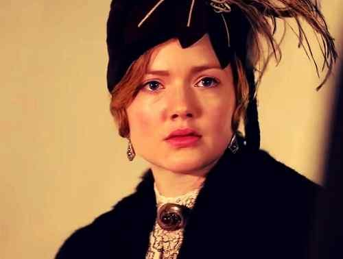 top holliday grainger wallpaper