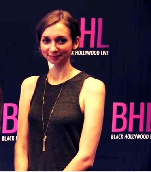 top lauren lapkus picture download