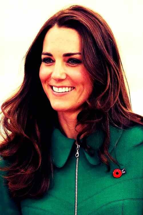 beautiful smile of kate middleton for FB