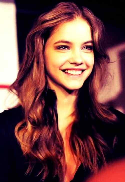 sweet smile pics of Barbara Palvin for fb